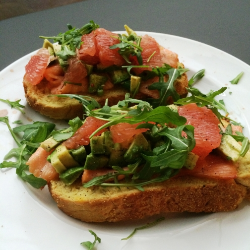 crostinie-zalm-avocado-grapefruit.jpg