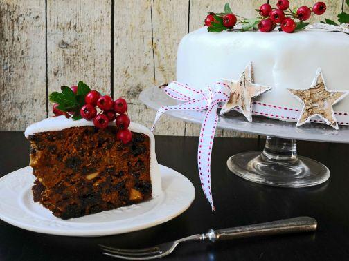 9-christmas-cake-web2.jpg