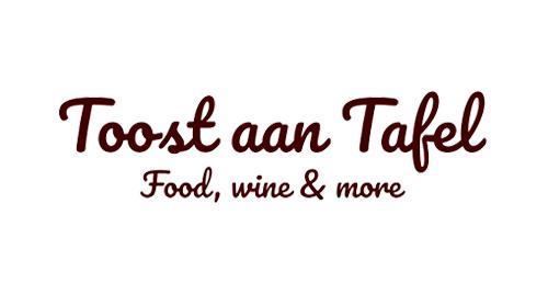 2IDM-ToastAanTafel