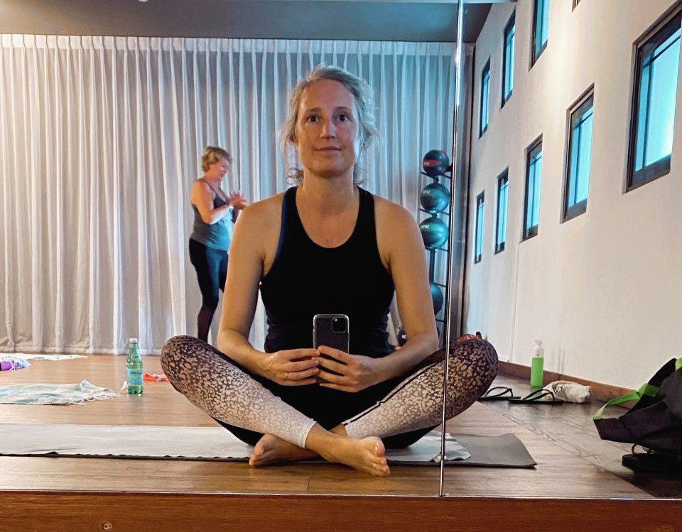 Maaike yoga