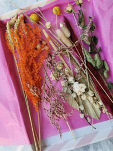 bloompost bloemen gedroogd