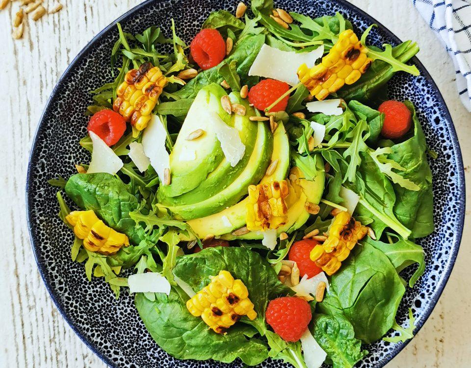 salade met mais van de bbq