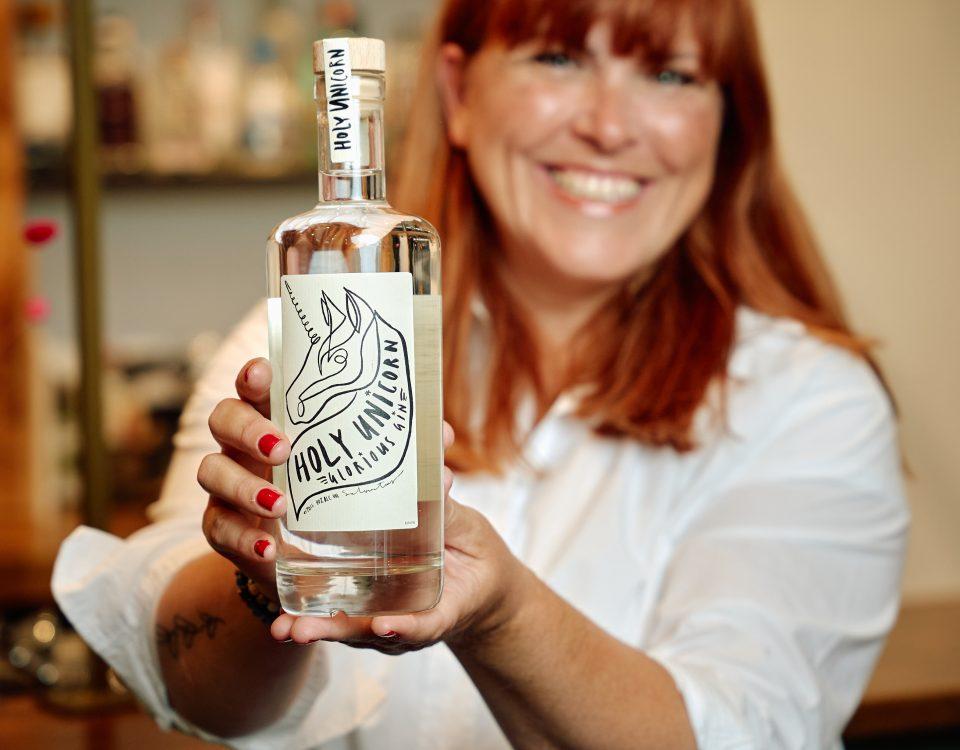 Susan Aretz gin