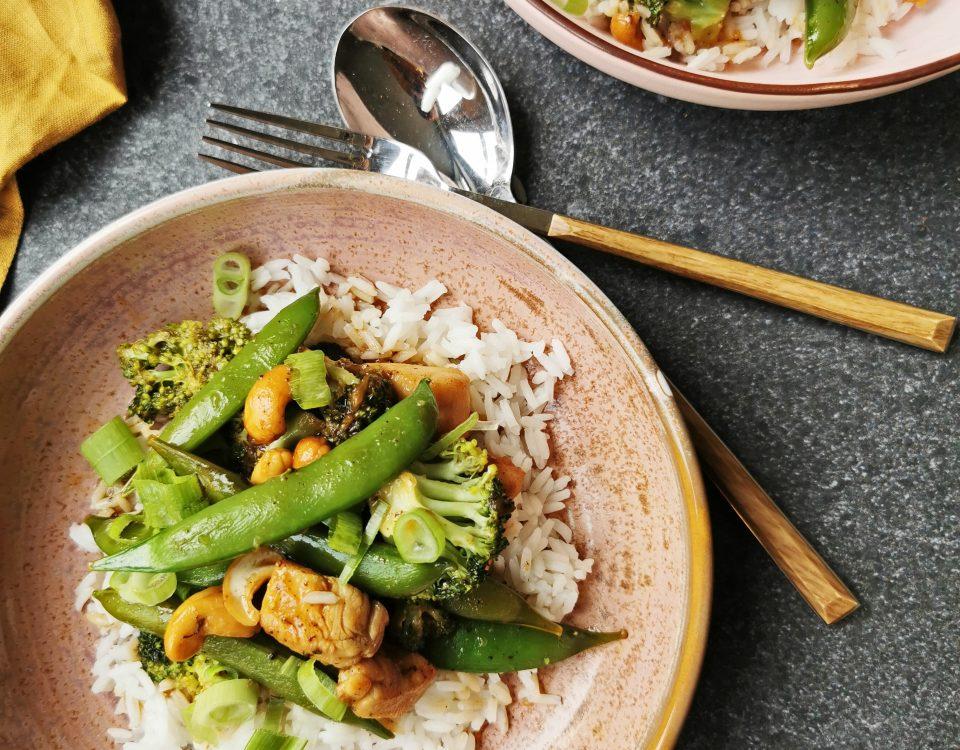 kip cashew met rijst